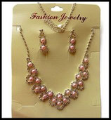 Parure collier et pendants d'oreilles argentés perles roses, strass PAR015