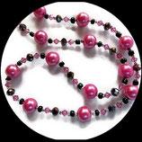 Collier ras de cou fait main noir et rose perles nacrées et swarovski