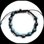 Bracelet shamballa noir, perles bleues effet marbré