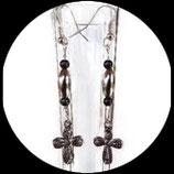 Boucles oreilles croix métal, perles