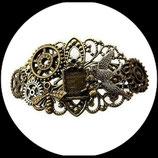 Bracelet steampunk  métal engrenages, hirondelle, livre  - bijou de créateur fait main