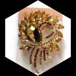 Broche strass doré et ambre support métal doré BRO 005