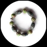 bracelet élastique artisanal, perles fimo multicolores faites main