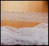 Dentelle polyester blanche  4.5 cm X  9 m. DEN033