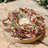 weihnachtlicher Trockenblumenkranz mit Holzschale und sehr hochwertiger LED Kerze
