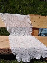 Laceschal in weiß aus flauschigem Angora