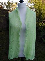 Laceschal in grün aus flauschigem Angora
