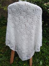 großes Lace-Plaid in weiß aus flauschigem Angora