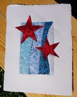rote Sterne auf blauem Grund
