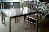 Gartentisch aus Edelstahl mit 4 Stühle, Austehlungstück