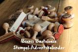Limited Edition**Stempel-Adventskalender**24 verschiedene Holz-Stempel**Papier-Faltenbeutel**Zahlen 1-24**Limited Edition