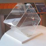 Tisch-Urne