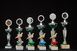 # 34 Pokale und Taubenpokale mit Glas-Diamant Natur