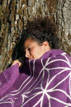 Energetisierte Biobaumwolldecke Liebe violett / natur 150 x 200 cm