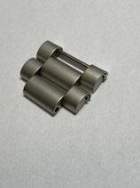 Tutima Armband Edelstahl Ersatzglied z.B. für Tutima Military 798 Bund & andere - neuere & verschraubte Version - 18mm breit glasperlgestraht - NOS