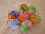Ostereier marmoriert oder beklebt