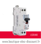 Disjoncteur 2A à vis Réf 406771 Legrand