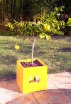 Pot carré jaune en grès personnalisé avec bas relief