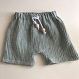 Shorts aus Musselin mit Holzperlen