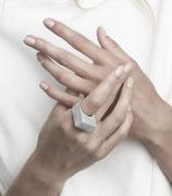 MONOLOG ring