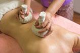 Kräuterstempel-Massage (45 min)