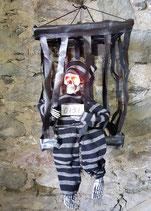 Skelett im Käfig