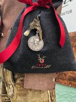 Tasche aus Cashmere Loden mit kurzer oder längerer Kette rot - Handgefertigt!