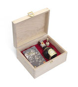 Customized wooden box with Traditional Balsamic Vinegar of Modena PDO – Extravecchio