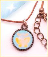 Halskette mit Anhänger, Schmetterling, Gelb auf Türkis
