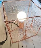 Lampe à poser Arbre de vie structure métal Cuivrée