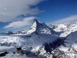60 Min. Rundflug mit Sicht auf's Matterhorn inkl. Gletscherlandung