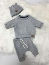 Outfit grey