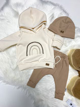 Outfit creamy