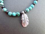 Halskette mit Onyx, Türkis und Silberfeder und -Verschluss  44cm
