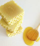 Natur-Honigseife mit Buttermilch
