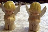 2 Engelchen knieend