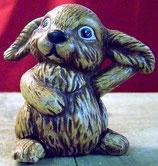 Kleiner Hase sitzend