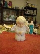 Junge betend