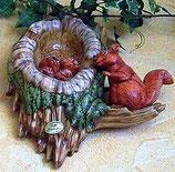 Baum mit Eichhörnchen