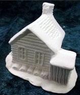 Kleines Haus mit Kamin