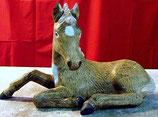 Pferd Flecky liegend M