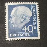 Bund 0260xw 40 Pf Heuss II