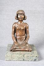 """Bronzefigur """"Meditierendes Mädchen""""  echt Bronze"""