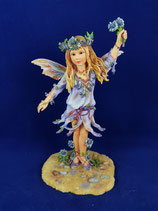 CHE20 Sea Holly Faerie