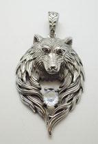 Wolf mit weissem Stein gross
