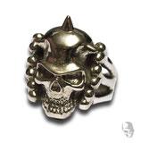 Skull mit Helmspitze