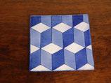 中島瞳 染付立方柱幾何学紋 角プレート