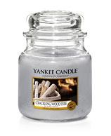 Crackling Wood Fire - mittlerer Housewarmer von Yankee Candle
