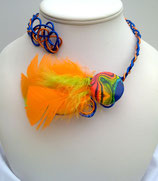 Collier plume bleu orange