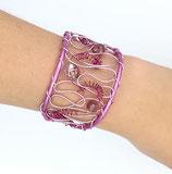 Bracelet manchette en fil aluminium rose